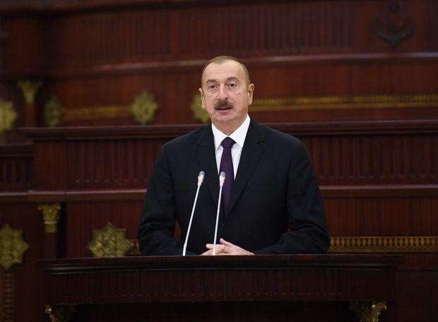 İlham Əliyev: Ermənistan getdikcə daha da zəifləyir