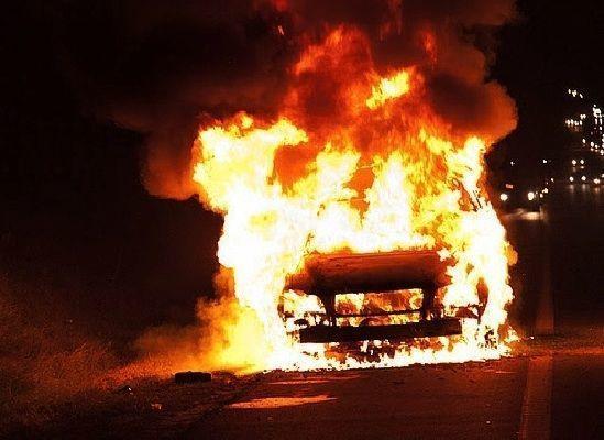 Goranboyda dəhşətli qəza: insanlar maşında yanaraq öldü