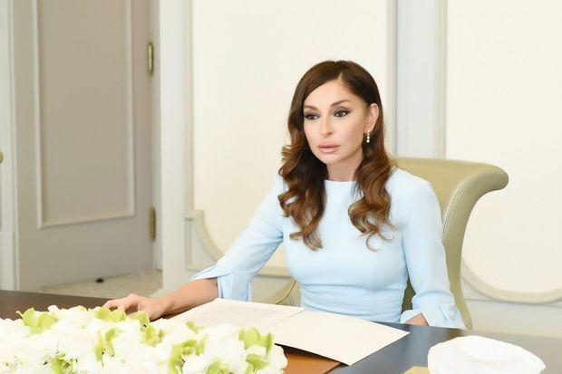 Mehriban Əliyeva Nikola Sarkozi ilə görüşdü