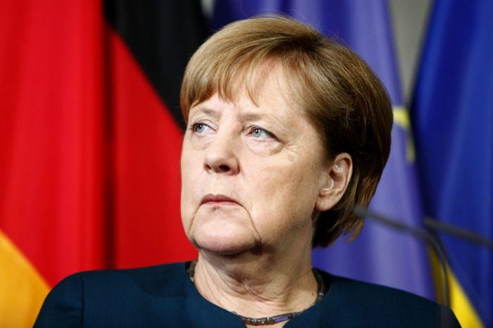 Merkel Ermənistanda Dağlıq Qarabağ münaqişəsindən danışdı