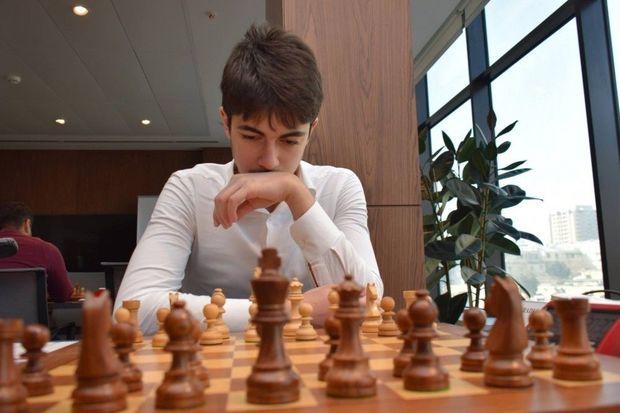 Azərbaycanlı şahmatçı Rusiyada bürünc medal qazanıb