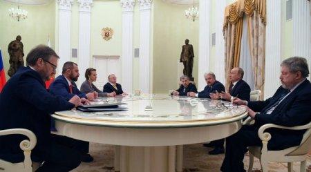 Putin iki rəqibinə vəzifə təklif edib: Qrudinin nazir, Sobçak qubernator?