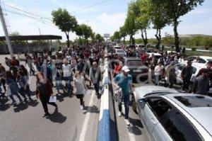Yerevanda etirazçılar ABŞ səfirliyinə doğru hərəkət edir