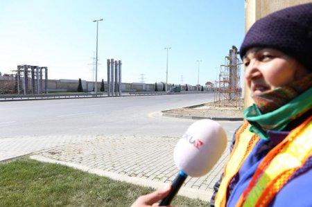 Bakıda insanları ölümlə üz-üzə qoyan yarımçıq piyada keçidi