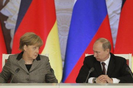 Angela Merkel Rusiyaya niyə nifrət edir? - ŞOK SƏBƏB