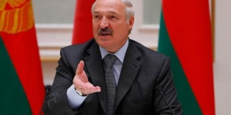 """Lukaşenko Paşinyana: """"Afərin sizə!"""""""