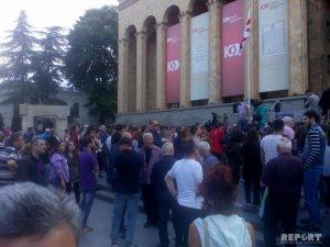 Tbilisidə etirazlar yenidən başladı