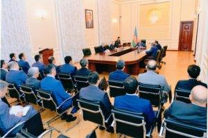 21 notariusun fəaliyyətinə xitam verildi