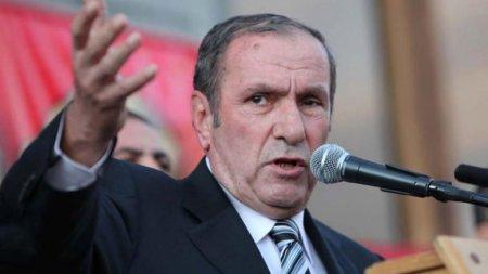 Ter-Petrosyan Paşinyanı təcili Qarabağdakı rejimə dəstək verməyə çağırdı