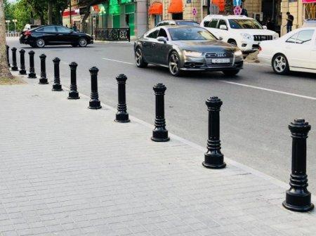 Bakı şəhərinin mərkəzi küçələrində qoruyucu tumbalar quraşdırılır