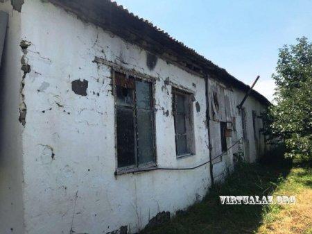 Göyçayın Potu kəndində çar II Nikolayın vaxtında tikilmiş məktəb binasının halı