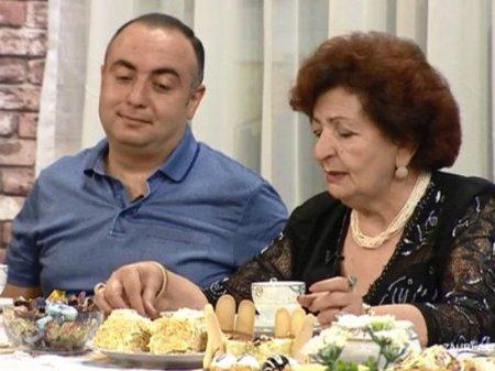 Kübra Əliyeva biznesmen oğlu ilə