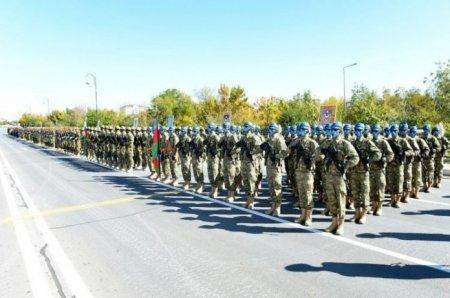 """Hərbi parad üçün """"Azadlıq"""" meydanında məşqləri başlayıb"""