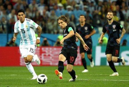 Messili Argentinanı darmadağın etdilər