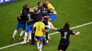 DÇ-2018: Braziliya da ¼ finala vəsiqəni təmin etdi