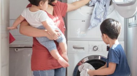 Qadınlar ev işlərini dayandırsa, bütün iqtisadiyyat çökəcək