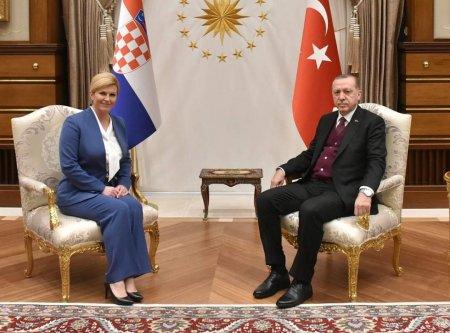 Dünyanın ən cazibədar xanım prezidenti yenidən gündəmdə