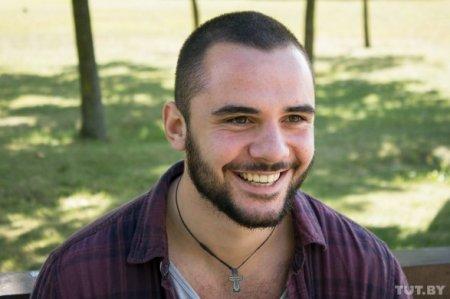 Erməni bloger Bakıya gəldi və Qarabağa yollandı