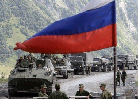 Minlərlə rus əsgəri və yüzlərlə hərbi texnika Gürcüstanda NATO qoşunlarına qarşı