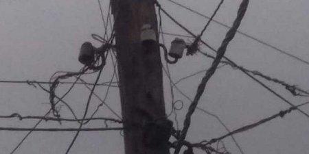 Qubada elektrik dirəyi yandı: bir neçə kənd işıqsız qaldı