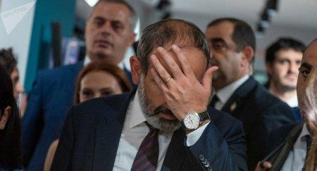İrana səfər: Paşinyan nə ilə riskə gedir?