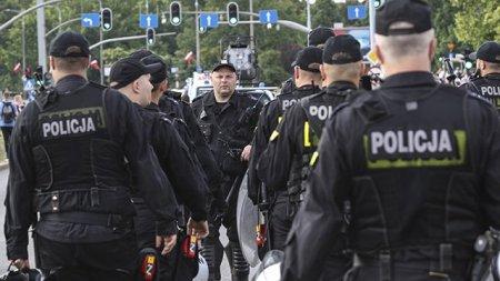Polşada bir şəhərin bütün polis əməkdaşları işə çıxmaqdan imtina etdilər