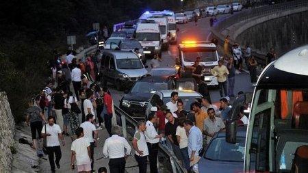 Türkiyədə 34 maşın toqquşdu, ölən var