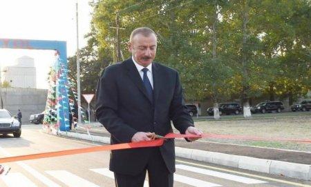 Prezident İlham Əliyev yeni avtomobil yolunun açılışında iştirak edib