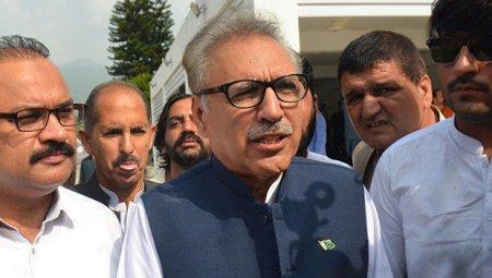 Arif Alvi Pakistanın yeni prezidenti oldu