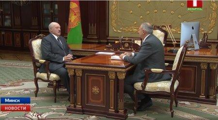 """Lukaşenko: """"Xərclər məsələsində Azərbaycanla yarışmaq lazım deyil..."""""""