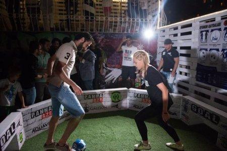 Vaqif Cavadov qız futbolçuya uduzdu