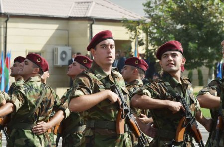 Heydər Əliyev and içdi