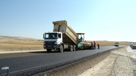 Bakı – Şamaxı yolunun bir hissəsi genişləndirilir