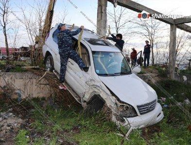 Dağlıq Qarabağda maşın dərəyə yuvarlandı: 3 erməni öldü