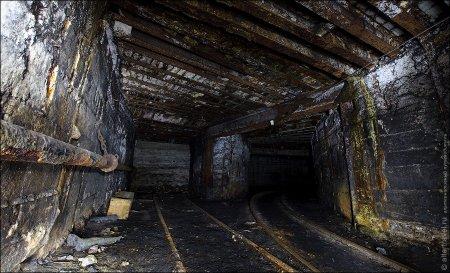 Gürcüstanda şaxtaçılar 300 metr dərinlikdə yerləşən şaxtadan çıxmaqdan imtina edirlər