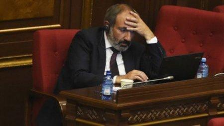 Ermənistanda xaos dərinləşir