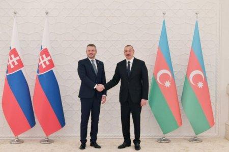 Azərbaycan Prezidenti və Slovakiya Baş nazirinin geniş tərkibdə görüşü