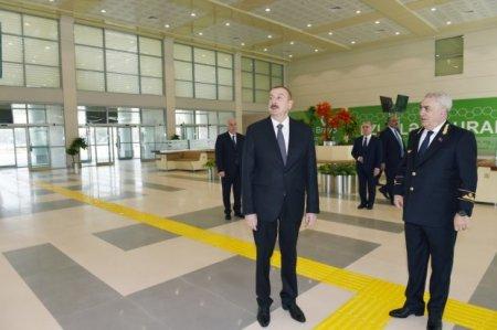 İlham Əliyev Sumqayıtdan Bakıya qatarla gəldi