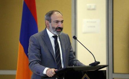 """""""Böyük siyasət sənə küçə deyil!"""""""