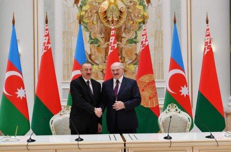 Azərbaycan Belarusdan yenə hərbi texnika alacaq