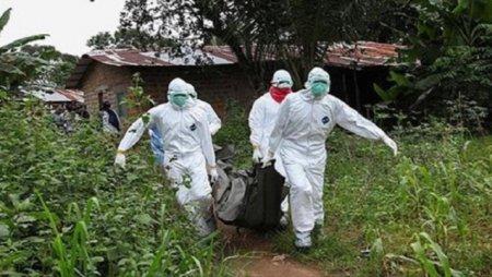 """""""Ebola""""ya yoluxanların sayı 400-ü ötüb"""