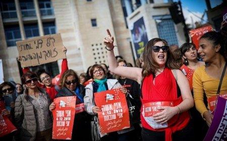 İsraildə qadınlar kütləvi etiraza qalxdı