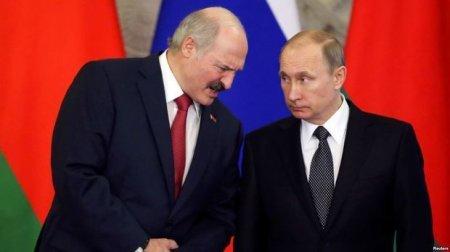 Lukaşenko AİB sammitində Putinlə mübahisə etdi