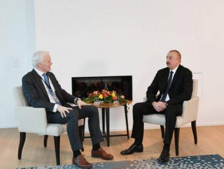 """İlham Əliyev """"Microsoft"""" şirkətinin vitse-prezidenti ilə görüşüb"""