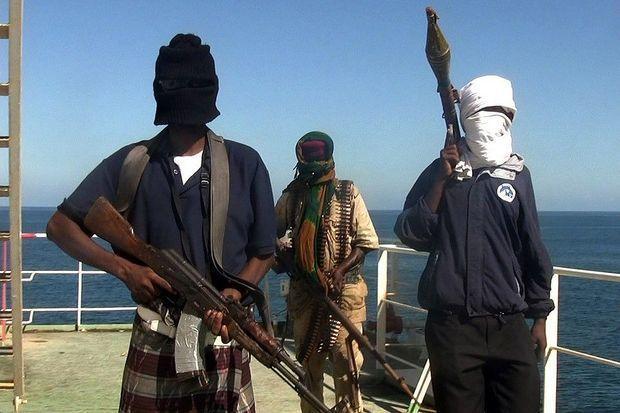 Dəniz quldurları Benin sahillərində rusları girov götürdü