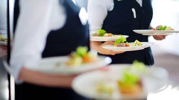 İsveçdə restoranda 100 nəfərin iştirakı ilə dava olub