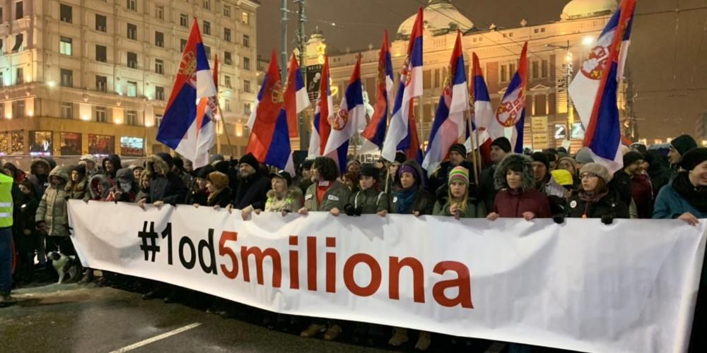 Serbiyada etiraz aksiyaları davam edir